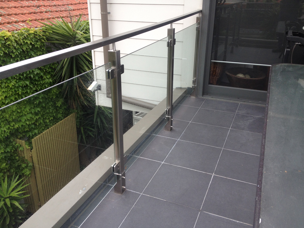 Clear galss Balustrade - square profile posts and Top rail